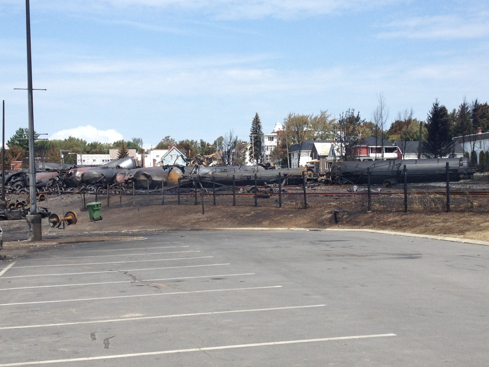 Tank cars at Lac-Mégantic accident site